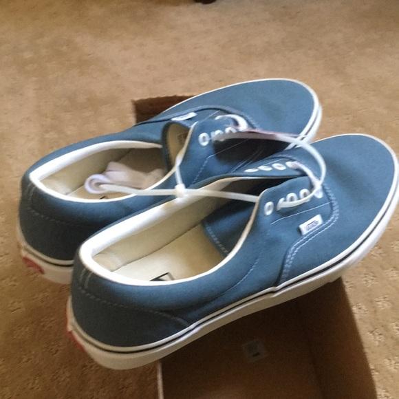 Vans shoes men's size 11 men's new